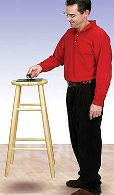 Atmosfääri rõhu demonstreerija koos tooliga